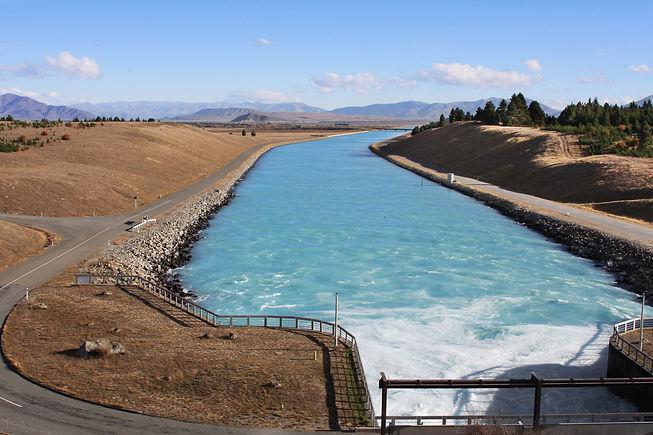 Water-dam-in-New-Zealand-1005595982_3888