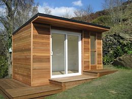 Crusoe Cabin with bespoke decking - home office