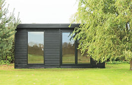 Crusoe Cabane in black with extra large window - home office