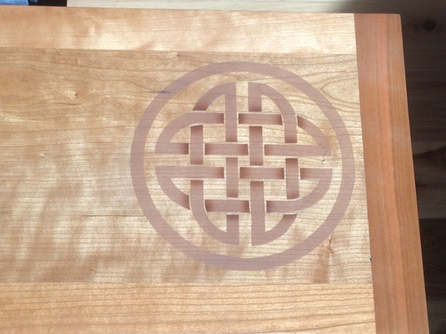 Airbrushed celtic knot on Cherry keyboard tray.