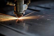Lasersnijden/lasersnijmachine. Plaatbewerking.
