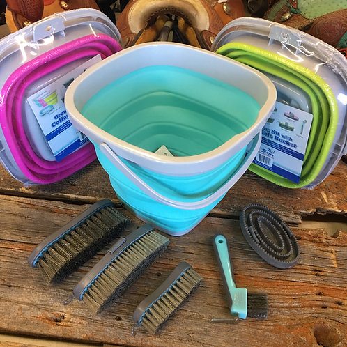 Tail Tamer Grooming Kit with Collapsible Bucket