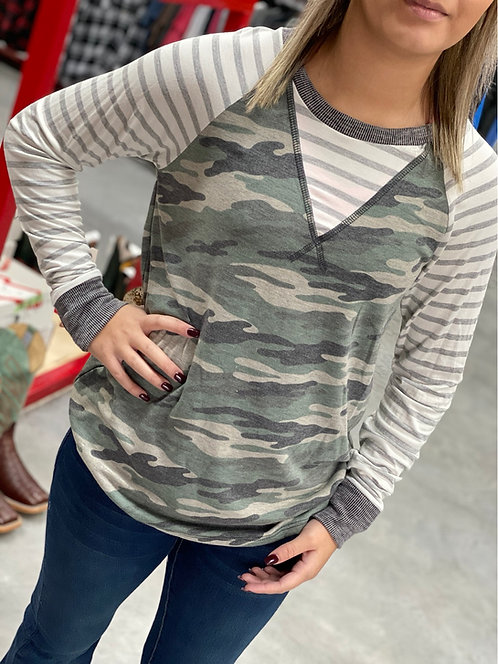 Camo knit top with stripe sleeves