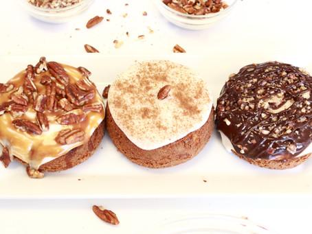 Ooey Gooey Cinnamon Bun Mini Cakes