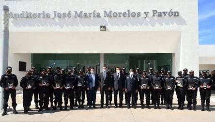 Se gradúan 24 elementos de las FSPE como Agentes de Investigación Criminal de la FGE