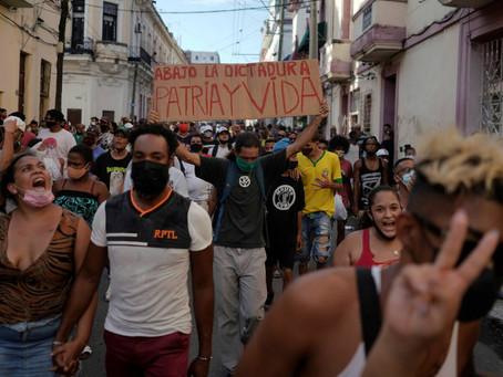 La mayor protesta en Cuba en 27 años