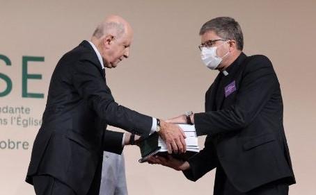 Cardenal O' Malley después del informe de abusos pide tolerancia cero