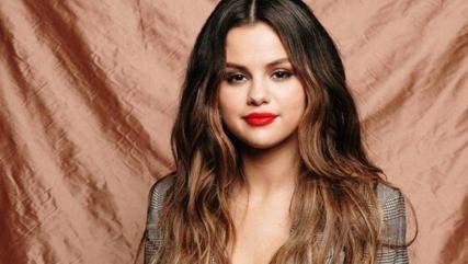 Selena Gómez vuelve a sus raíces con nuevo sencillo en español