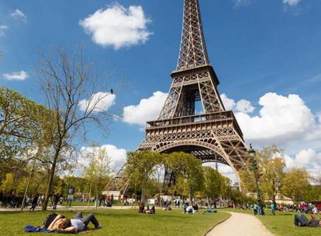 Evacúan Torre Eiffel por alerta de bomba