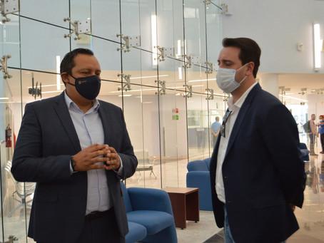 Visita Gobernador de Paraná, Brasil el Hospital General León