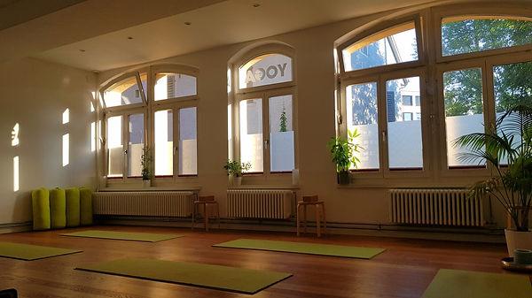 Yogastudio Baden am Morgen_1.jpg