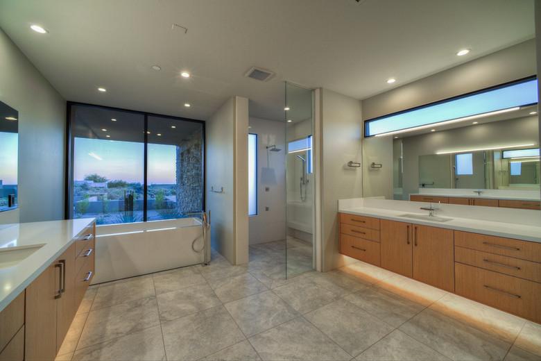16-Master Bath Luxury.jpg