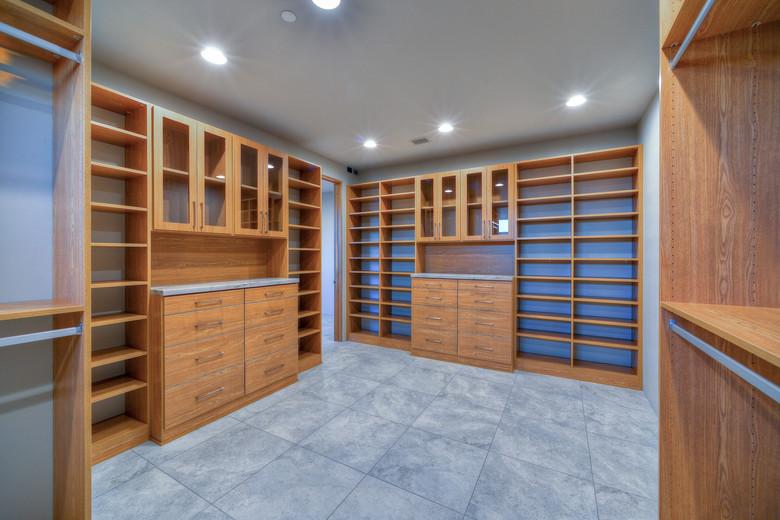 17-Expansive Master Closet.jpg