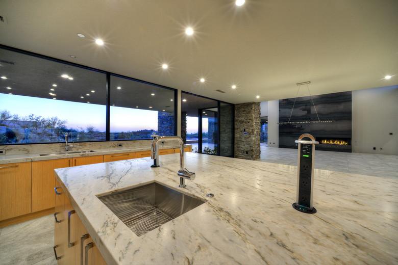 14-Kitchen Vistas.jpg