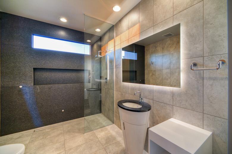 21-Office Full Bath.jpg