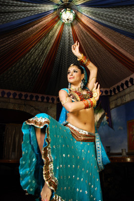 Meera-Indian-Dance01_zps755892a2.jpg
