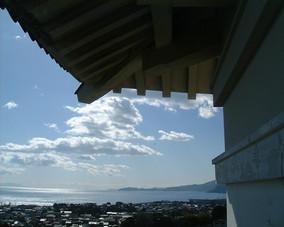 003天守から海を望む.JPG