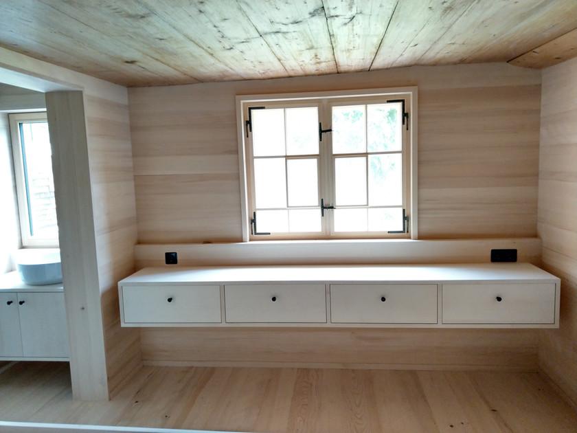 dem Haus neue Möbel