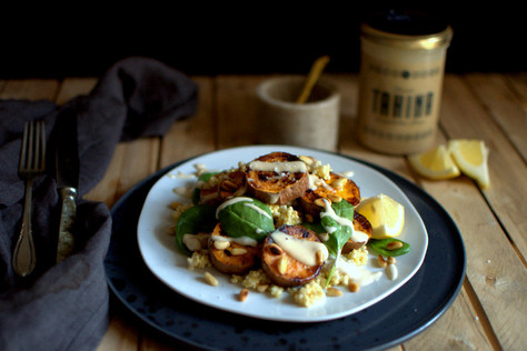 Geröstete Süßkartoffeln mit Yuvals Bio Tahina