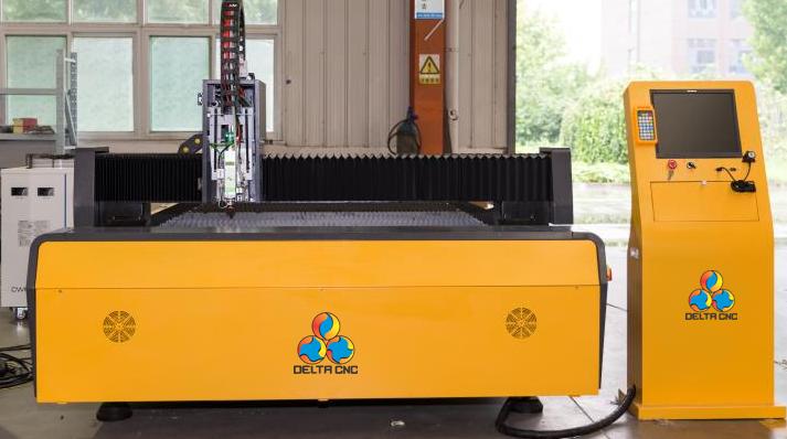 Máquina_Laser_CNC_L3015_Fibra