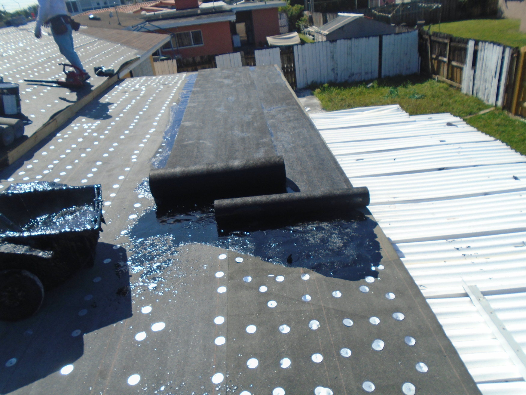 09-flat-shingle-roof