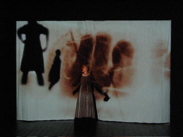 Glaspusterens Børn Teater Zeppelin.jpg