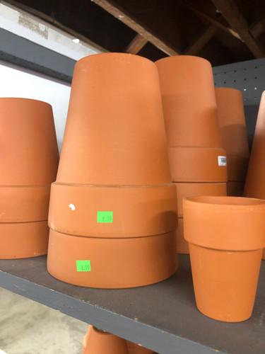 #16 Asst sizes Rose pots terracotta