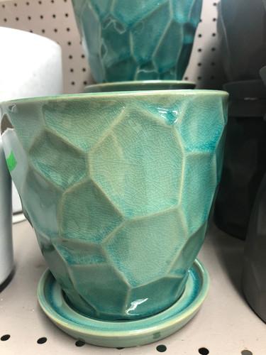 #88 Smaller pots