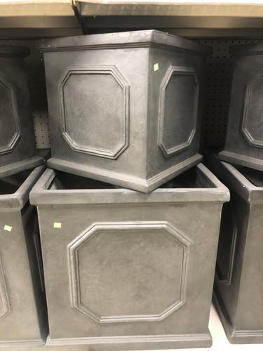 #32 Large pots Asst sizes Fiber-stone