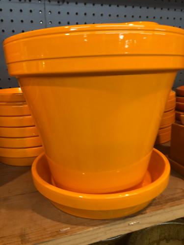 #17 Smaller pots asst sizes