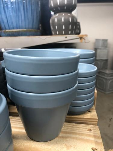#29 Smaller pots asst sizes