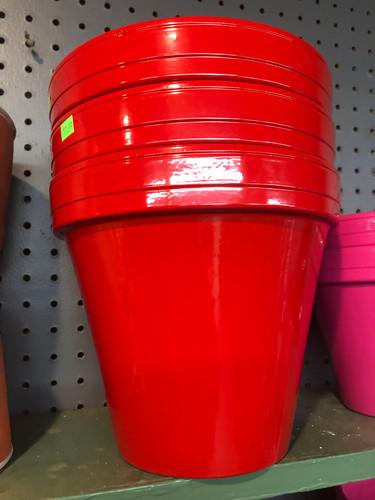 #25 Smaller pots asst sizes