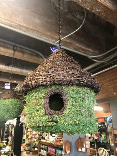 Hut Moss Birdhouse