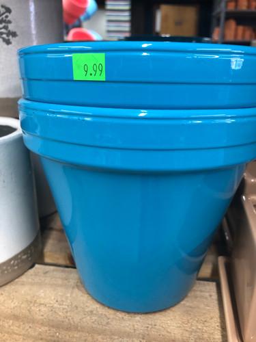 #80 Smaller pots asst sizes