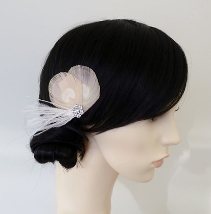 Nude Peacock Feather Hair Clip Vintage 'Leonie'