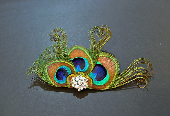 'Cora' Curled Peacock Feather Hair Clip