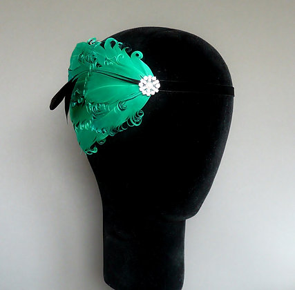 Green and Black Flapper Headband Curled Nagoire