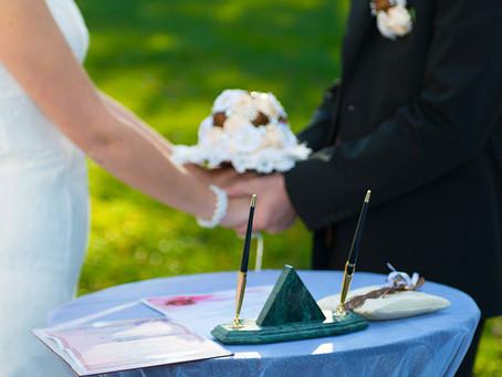 Регистрация в ЗАГСе или выездная регистрация брака?