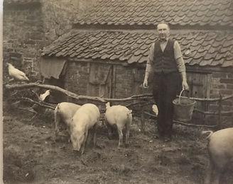M Guysbreck c. 1940 (2).jpg