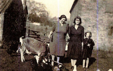 Beatrice Dora Dorothy 20 Oct 1940.jpg
