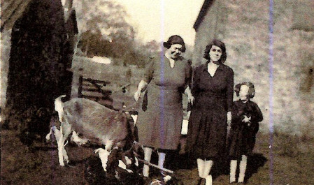Dorothy Riley with her mother, Beatrice and aunt Dora Jacobs.