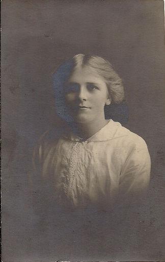 Ethel Pizer sister of Billy Pizer.jpg
