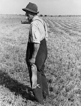 John Holmes Cath's father Aug 1947.jpg
