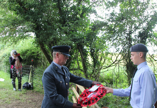 Fg Off Jeremy McHale lays a wreath on behalf of 1279 (Melton Mowbray) Sqn Air Training Corp