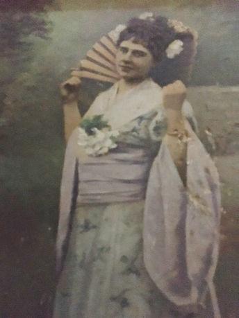 Sybella in Jap dress.JPG