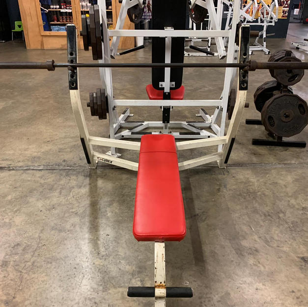 CHEST: Flat Bench Press