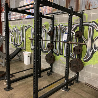LEGS: Squat Cage