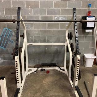 LEGS: Squat Rack
