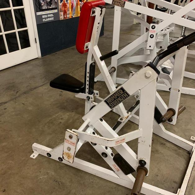 BACK: Hammer Strength Plate Loaded Row.j