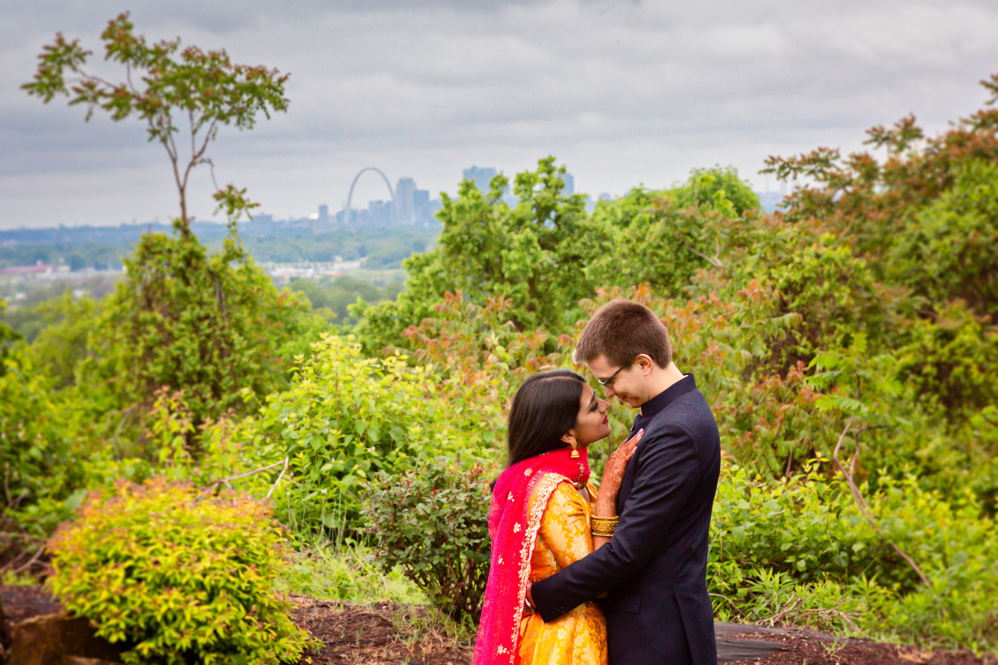 st-louis-indian-wedding-arch-wedding-pho